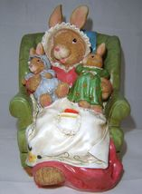 Bunny & Babies Sitting Easter Polyresin NEW