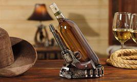 Double Pistol Design Wine Bottle Holder - Country image 3