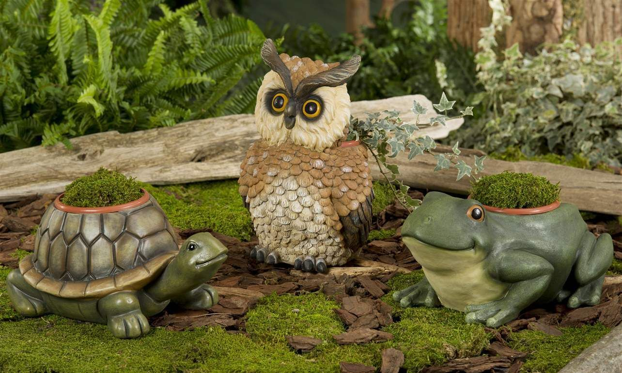 "Garden Planter with 4"" pot- OWL, FROG or TURTLE - Durable polystone material NEW"