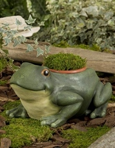 """Garden Planter with 4"""" pot- Owl, Frog or Turtle - Durable Polystone Material image 2"""