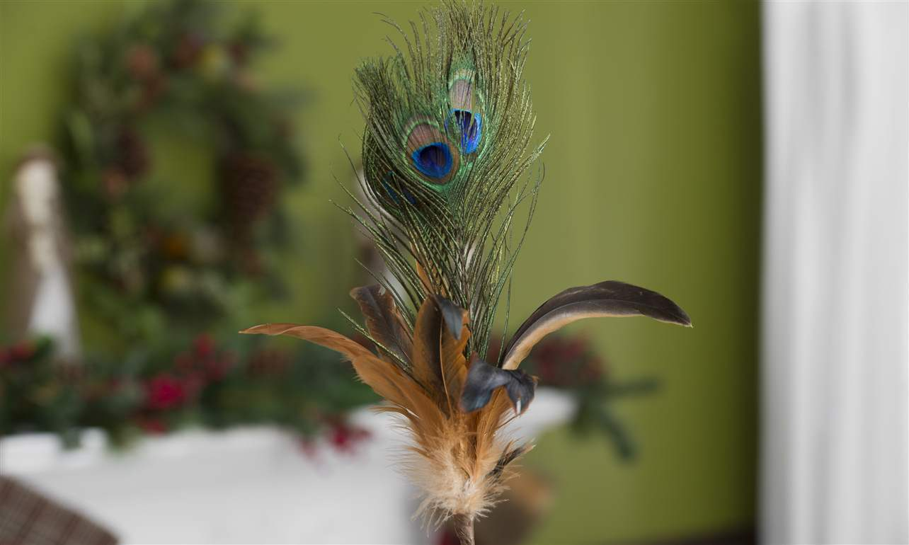 Lot of 12 25 peacock feather picks home decor new giftcraft 687991 home decor - Peacock feather decorations home decor ...
