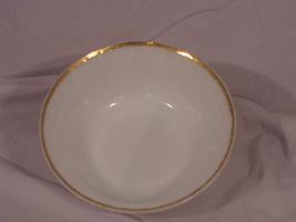 Fire King Oven Ware Serving Bowl White Swirl Made inUSA - $15.00
