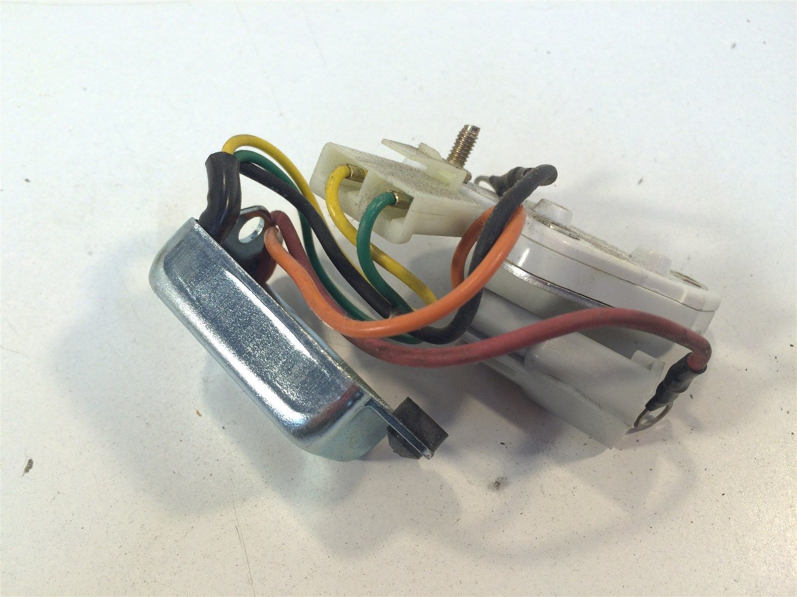 Transpo D7044 J&N 230-12080 Delco 10SI, 12SI 15SI Alternators Voltage Regulator