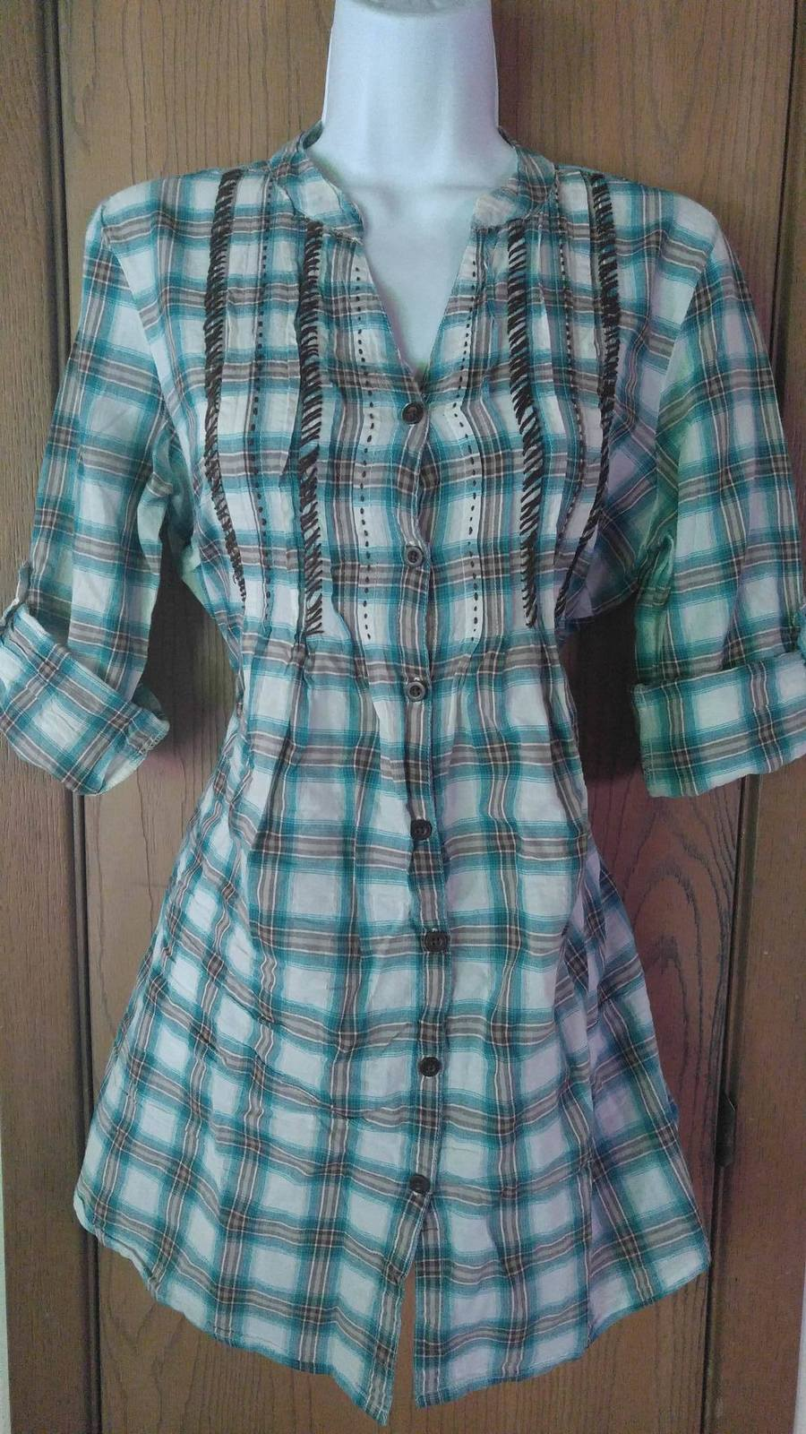 Blue white brown maurices button down tie back shirt top for White shirt brown buttons