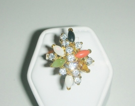 Ladies-fashion-moonstone-swarovski-crystal-ring__2__thumb200