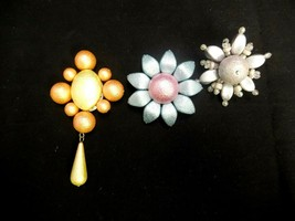 LOT OF 3 HANDMADE PASTEL GLITTER FLOWER BROOCH PINS TEAL PINK ORANGE YEL... - $11.39