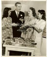 1940s Photo SF CA Junior College Retro Cooking Class K434 - $9.99