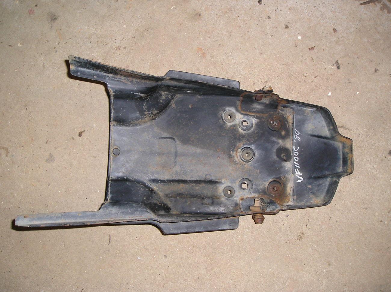 Honda VF1100C '83-'86 rear fender