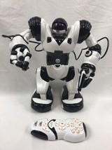 "WowWee Robosapien Humanoid Toy R/C Robot 14"" Black/White Remote Control ... - $87.07"