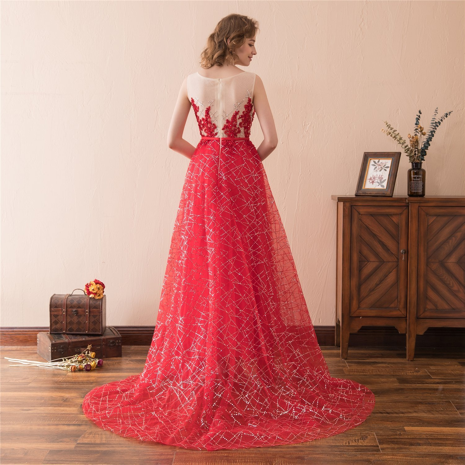 Women's Scoop Neck Long Sequins Prom Dresses Lace Appliques Evening Party Gowns