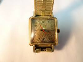 Waltham Rare Waffle Dial 25 Jewel Automatic Square Watch Runs For Restore Dial. - $169.32