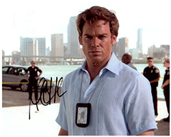 Primary image for MICHAEL C HALL  Authentic  Original  SIGNED AUTOGRAPHED PHOTO w/ COA 402