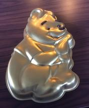WILTON WINNIE THE POOH GOLD CAKE PAN MOLD, WALT DISNEY, Vintage  - $6.92