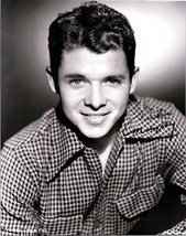 AUDIE MURPHY Signed Autographed  Photo w/COA - 98 - $195.00
