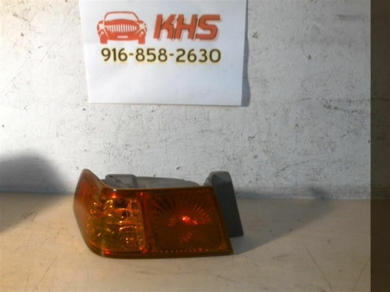 Primary image for Driver Tail Light Quarter Panel Mounted Fits 00-01 CAMRY 405465