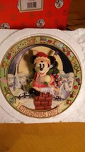1997 Disney Mickey In Chimney Plaque / Plate EN... - $19.85