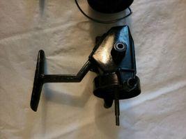 2 Vintage Swift 660 F Fishing Spinning Reels Pair Parts Repair image 6