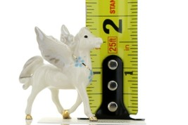 Hagen Renaker Miniature Fantasy Pegasus Standing Ceramic Figurine image 2