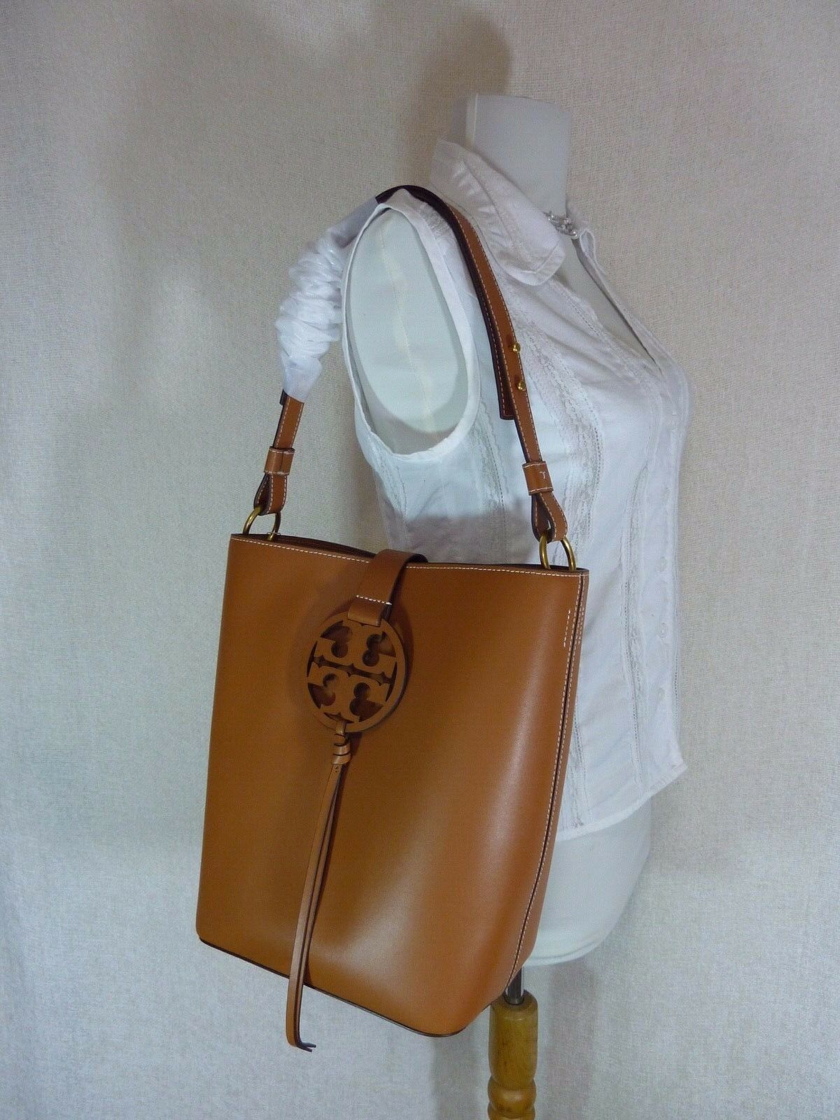 NWT Tory Burch Aged Camello Miller Hobo/Shoulder Tote $458 - Minor Imperfection image 2