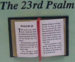 Dollhouse Open Bible 23rd Psalm Jacqueline 4915 Ribbon Bookmark Readable - $4.70
