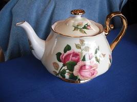 Royal Albert England English Beauty Rose Teapot - $29.99