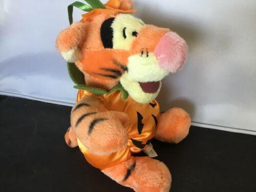 "Disney Store 7"" Tigger Halloween Pumpkin Plush NWT K03 image 2"