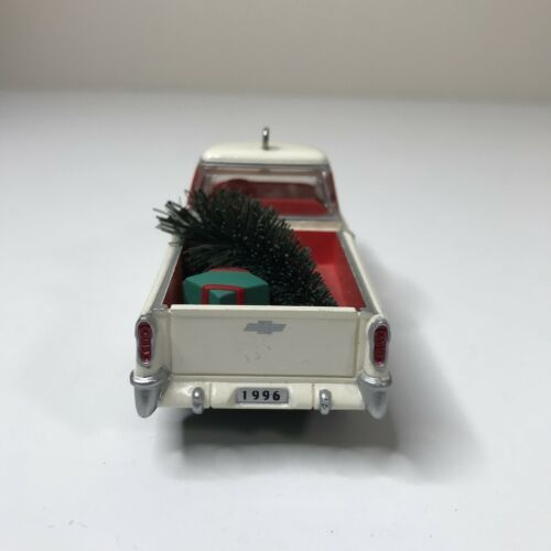 Hallmark Keepsake 1996 Ornament 1955 Chevrolet Cameo Second in Series image 5
