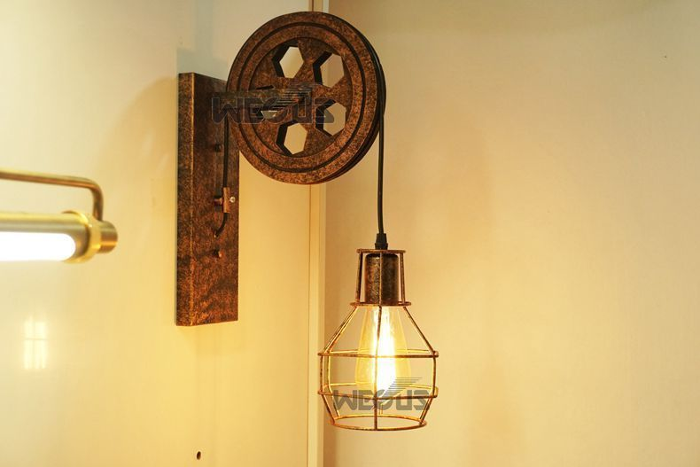 Vintage Iron Wall Mounted Pulley Light Lamp Retro Industrial Wheel Rustic Design