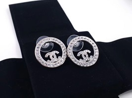BRAND NEW Authentic Chanel CC Circle Logo Crystal Strass Silver Stud Earrings  image 2