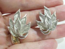 Crown Trifari Satin n Shiny Silver Plate Leaf Cluster Clip on Earrings V... - $14.85