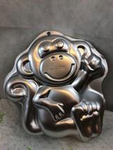 Wilton Monkey Character Metal Cake Pan Collectible - $9.14