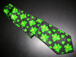 Keith Daniels Hand Made Neck Tie St Patrick's Shamrocks - $9.99