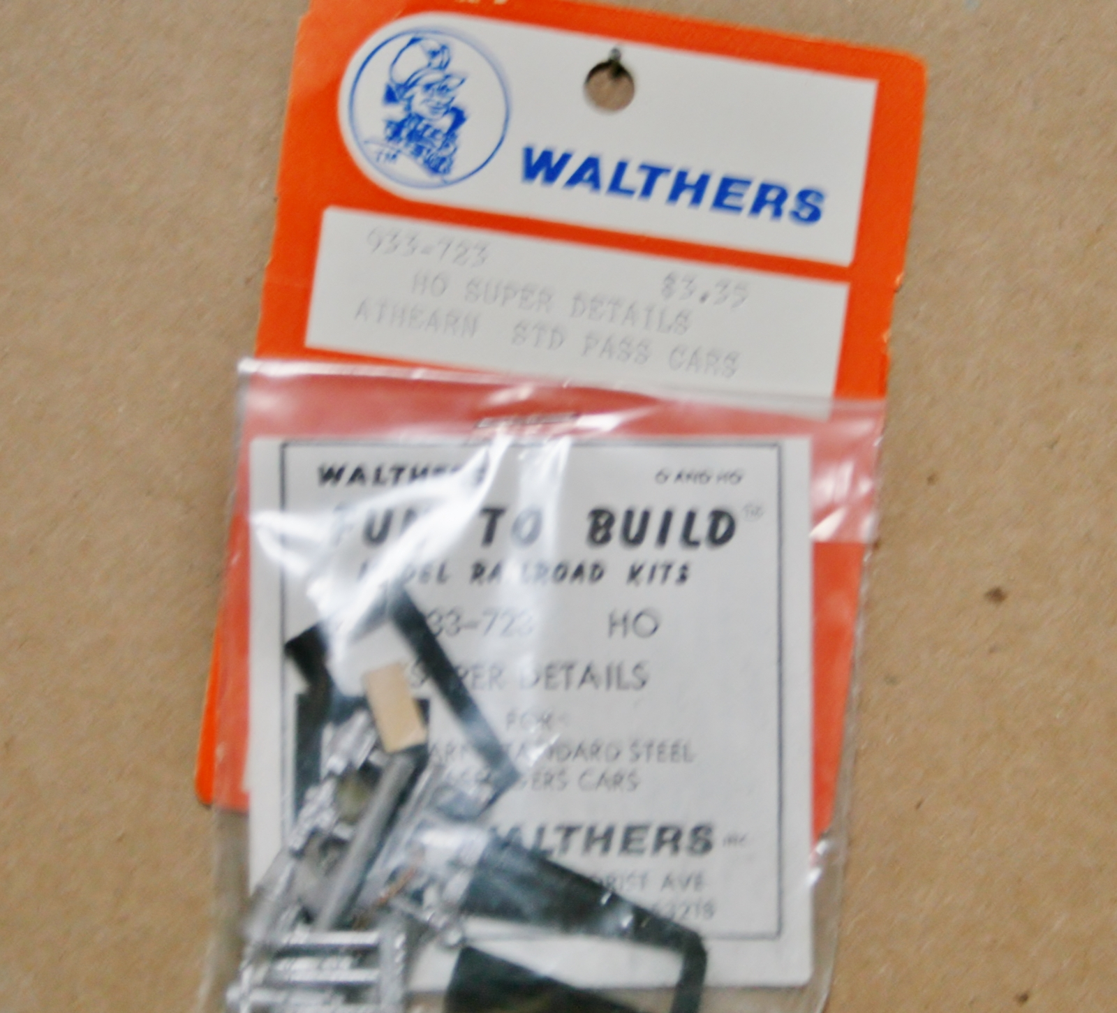 Walthers HO Super Details  Athearn Standard Pass. Cars NIP 723