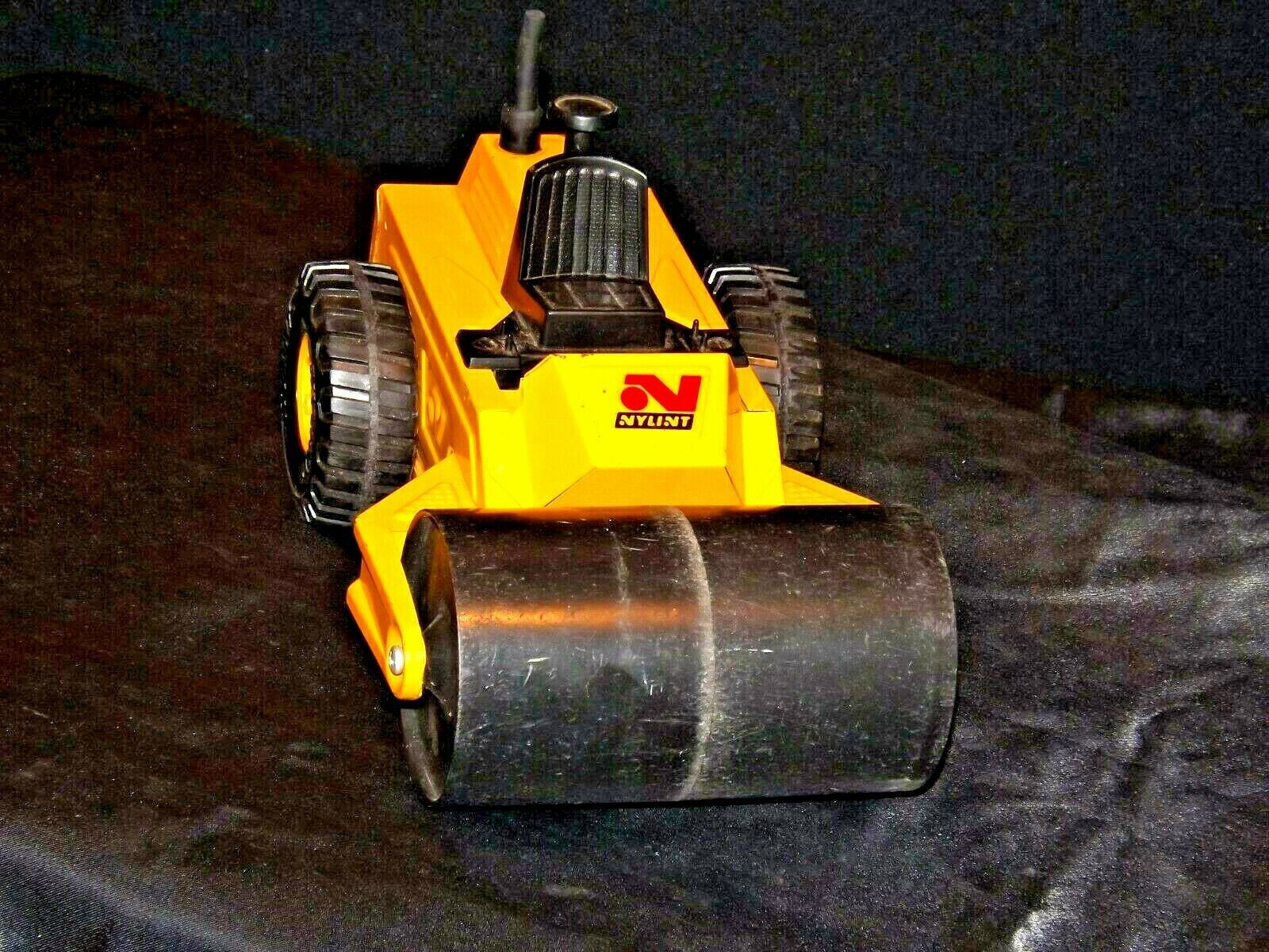 Nylint DiCast Paver Toy USA AA19-1470 Vintage