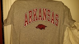 Arkansas Razorbacks, Men's Medium Cotton Blend Jerzees Short Sleeve T-Shirt - $5.99