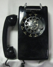 Bell Systems Black WALL ROTARY DIAL TELEPHONE 554 BMP Western Electric - $100.00