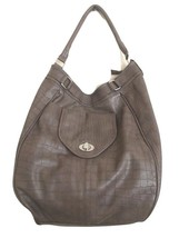 Express Taupe Faux Leather Alligator Print Bucket Tote Bag Purse - $514,87 MXN