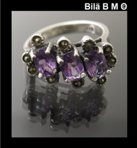 Vintage AMETHYST and MARCASITE Ring in Sterling Silver - Size 6 - $95.00