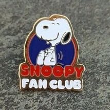 SNOOPY FAN CLUB PEANUTS Charlie Brown Comic Lapel Hat Pin - $14.99