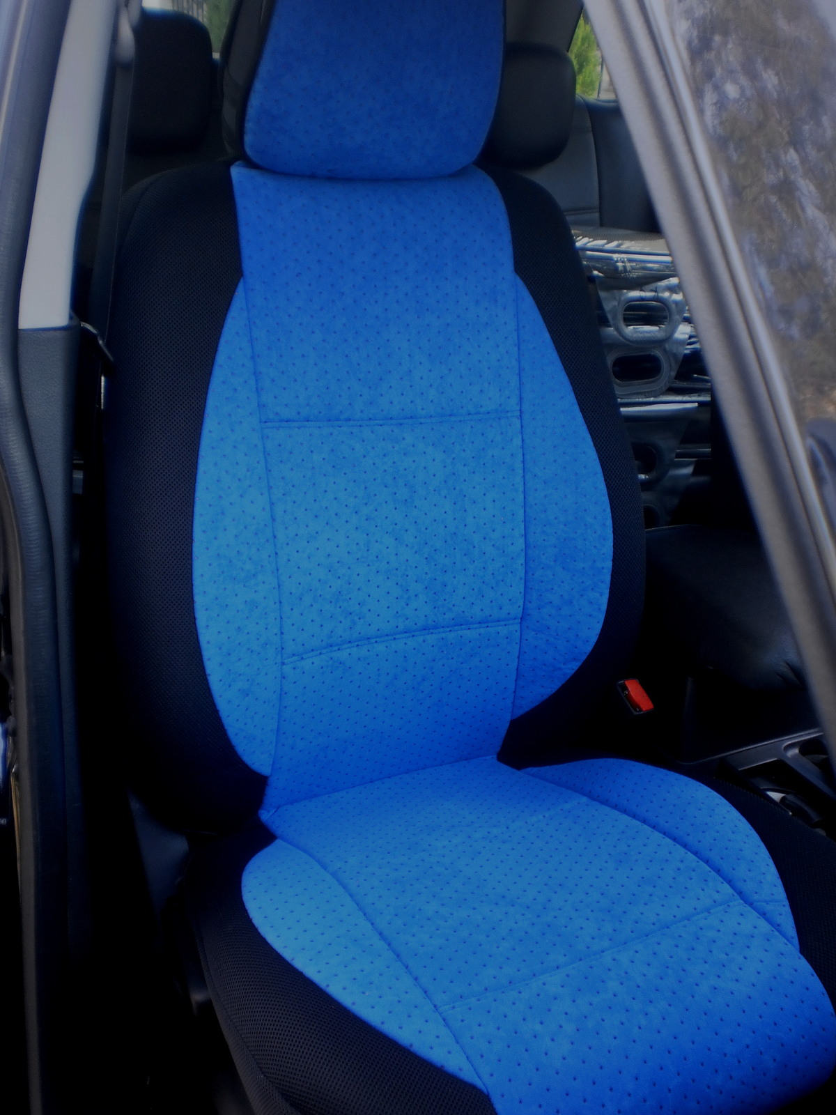 subaru xv crosstrek two front custom velour blue black car seat covers seat covers. Black Bedroom Furniture Sets. Home Design Ideas
