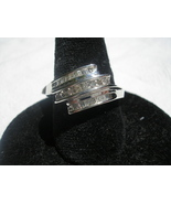 10kt white gold .25 tcw or 1/4 ct DIAMOND RING size 7 NEW retail $800.00 - $255.00