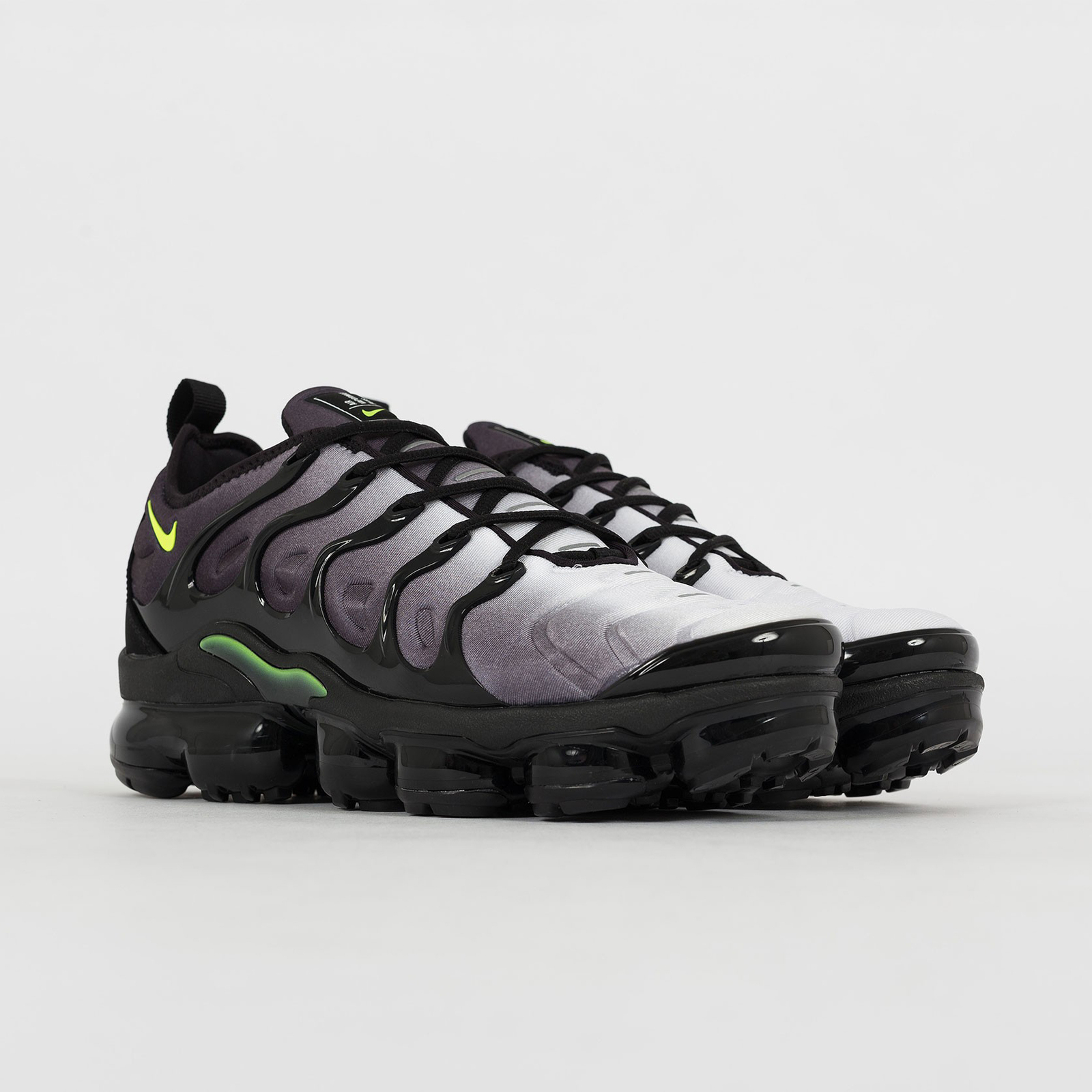 8ce102009a0 Nike Air Vapormax Plus (Black Volt  Dark and 50 similar items