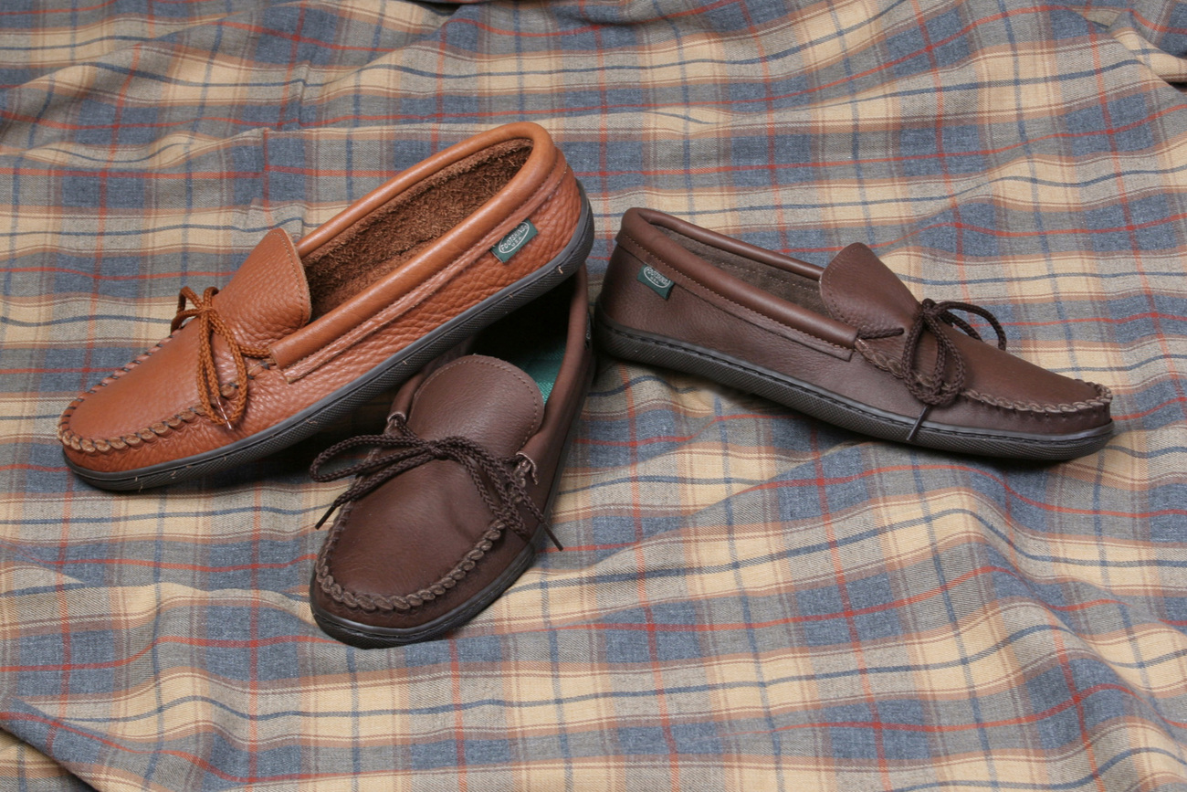 Mens Casual Footwear Molded Sole Cowhide Moccasins Cushion Insoles Made in USA Bonanza