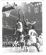 Bill Russell Wilt Chamberlain Celtics 76ers Vintage 8X10 BW Basketball ... - $6.99