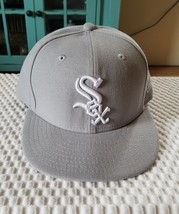 New Era Chicago White Sox Basic 59Fifty Grey/White Fitted Cap 7 1/2 - ₹1,453.49 INR