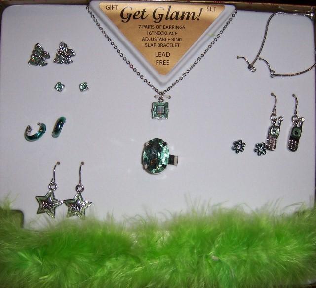 Green glam jewelry  640x583