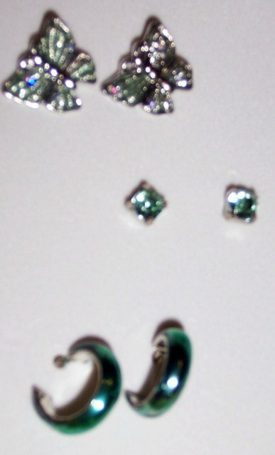 Get Glam Girls Green Jewelry Set Lead Free Necklace Earrings Ring Bracelet NEW