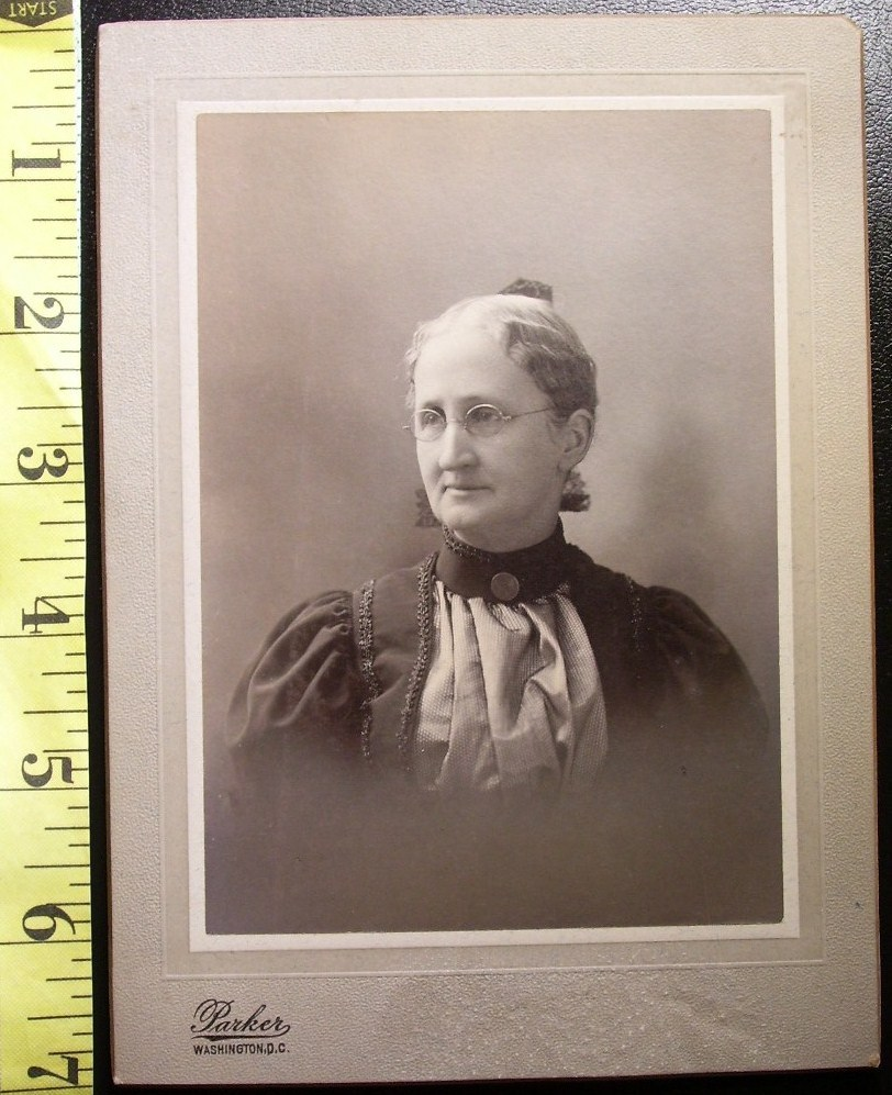 Cabinet Card Pretty Older Lady Named D.C. c.1880-90