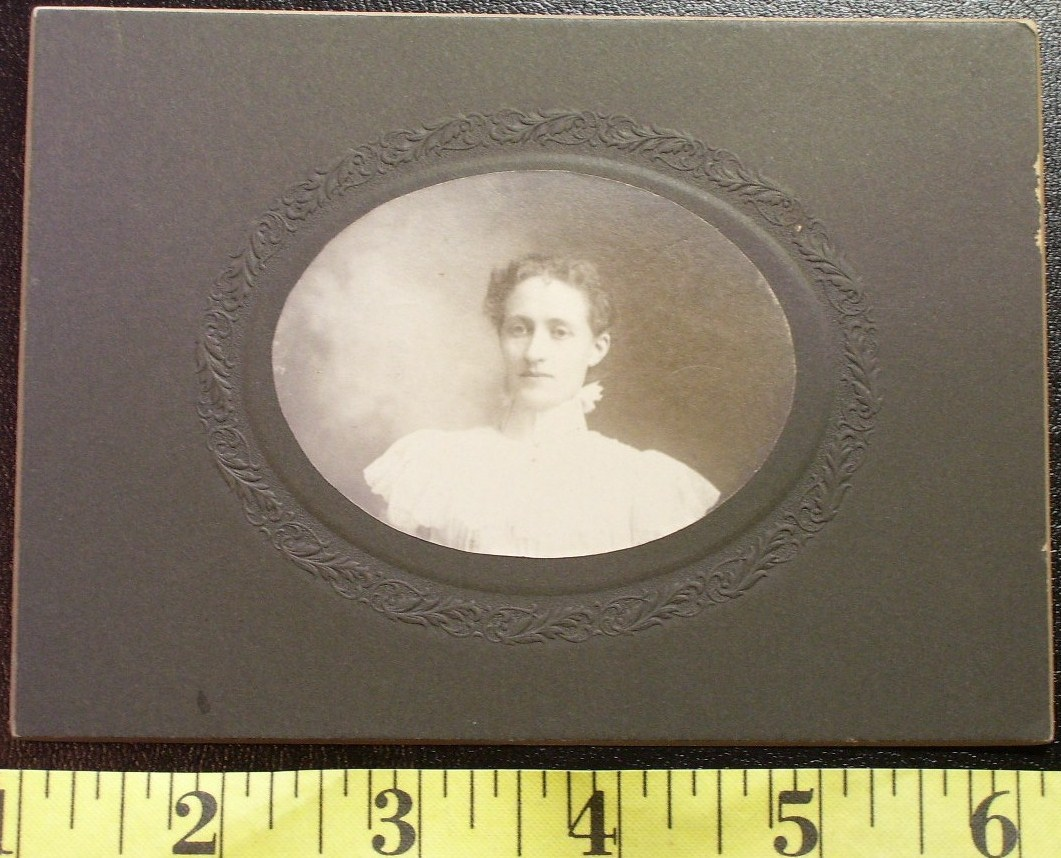 Cabinet Card Pretty Young Lady in White! c.1880-90