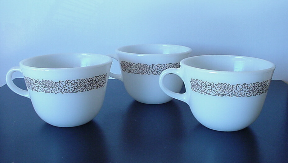Vintage Corelle WOODLAND BROWN Pattern Cofee and 30 similar items